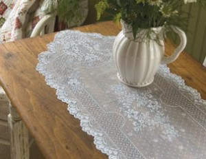 Heritage Lace table